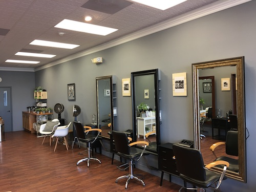 hair stylist station
